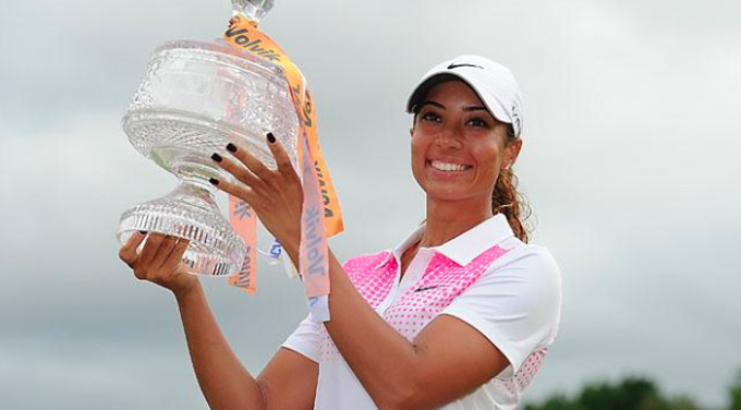 The equipment Cheyenne Woods used to win her first pro title